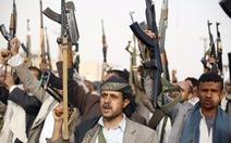 Houthi tiến công ở Yemen bất chấp không kích