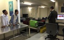 Việt kiều than phiền về tình trạng vòi vĩnh ở sân bay