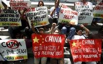Thế giới phản ứng, Trung Quốc vẫn ngang ngược