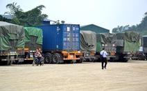 Hàng nghìn tấn gạo chờ... hư mốc
