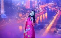 Live show của Thanh Thúy - cô ca sĩtheo nghiệp lính