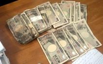Ngân hàng Nhật nhận đổi tiền rách cho chị ve chai