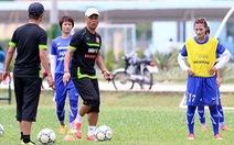 HLV Takashi tự tin trước Myanmar