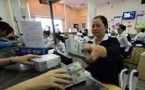 Người có tiền nhàn rỗi nên giữ VND hay USD?