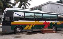13 giờ vây bắt xe khách biển số Lào chở gỗ lậu