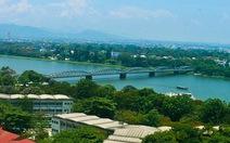 Tranh cãi quyết liệt khi đụng đến sông Hương