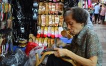 50 năm bánguốc mộc ởchợ Bến Thành