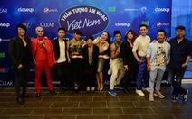 """Mark Walton và Thanh Bùi """"nổi da gà"""" khi chấm Vietnam Idol"""