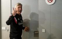 Cổ động viên Real Madrid ủng hộ HLV Ancelotti