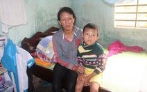 Hai mẹ con khốn khổ vì bệnh tật triền miên