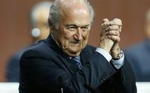 """Không thể lật đổ """"bố già"""" Sepp Blatter"""