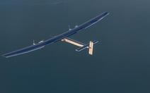 Máy bay năng lượng mặt trời Solar hạ cánh vì thời tiết xấu