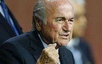 Vì sao ông Blatter vẫn thắng?