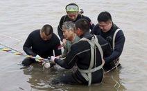 Chìm tàu ở Trung Quốc: Mới cứu được 13 người