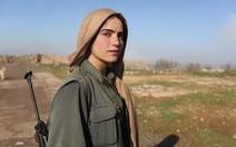 Các nữ chiến binh Iraq xinh đẹpchống IS sống ra sao?