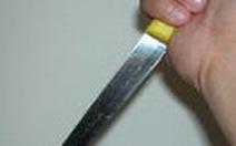 Sinh viên phê ma túy đâm bị thương cảnh sát hình sự