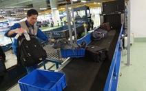 Trộm cắp hành lý ở sân bay: Nghi có thông đồng!