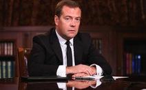 Thủ tướng Medvedev cảm ơn phương Tây trừng phạt Nga