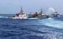 Phản đối Trung Quốc cướp, phá tàu của ngư dân Việt Nam