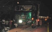 Xe máy - xe tải tông nhau, 3 thanh niên chết