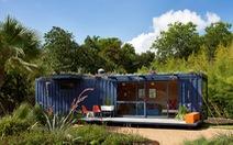 Nhà container tuyệt đẹp với khu vườn trên nóc
