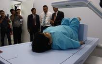 Đưa máy đo mật độ xương hiện đại nhất châu Á vào sử dụng