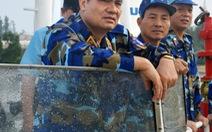 Cảnh sát biển VN chạm trán cướp biển:Bắn thẳng vào cabin