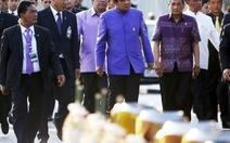 Thái Lan yêu cầu quan chức ăn mặc đứng đắn ở nước ngoài