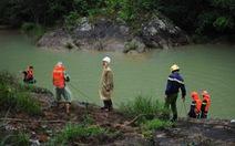 Ngắm cảnh ở Suối Vàng,3 người chết đuối