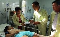 Hai cháu bé trong tai nạn rớt cầu Thuận Phước vẫn nguy kịch
