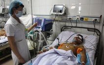 Sinh viên hiến máu cứu nạn nhân lật xe công nông