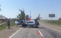 Lao xe chắn trẻ em khỏi tai nạn,cảnh sát Nga thành anh hùng