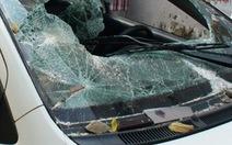 Bắt nhóm thanh niên đập vỡ 32 kính ô tô, trộm 600 triệu đồng