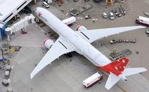 Mỹ: Máy bay chở gần 300 người hạ cánh khẩn cấp