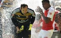 Arsenal thay đổi để chiến thắng