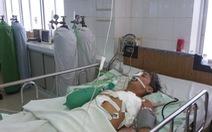 Cứu sống bệnh nhân tự đâm dao vào ngực trái
