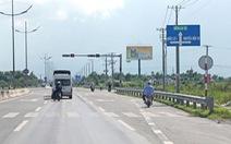 Đường dẫn cao tốc TP.HCM - Trung Lương hư hỏng