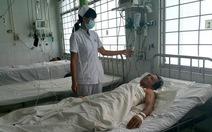 Cứu sống bệnh nhân bị cây đâm thủng phổi khi ngã ao