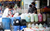 Người mua hóa chất sẽ phải trình CMND