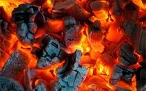 Nằm than sau khi sinh, lợi hay hại?