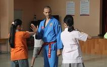 Bạn trẻ truyền võ Việt ra thế giới