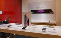 """Giá iPhone chính hãng có thể cạnh tranh """"xách tay"""""""