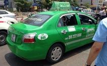 Taxi Mai Linh tông CSGT, dân ném gạch mới dừng xe