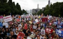 Dân Nhật biểu tình chống luật quốc phòng