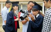 Ảnh tốt nghiệp 100.000 đồng/tấm: Sinh viên than trời!