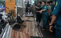 Mưa dông chiều 4-9 làm dân Sài Gòn một phen náo động