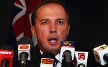 Bộ trưởng di trú Úc xin lỗi vì lỡ miệng