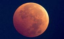 """Đón chờ """"siêu trăng máu"""" đêm mai 27-9"""