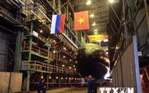 Nga hạ thủy tàu ngầm Kilo mới của Việt Nam