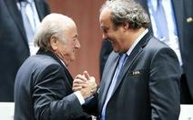 FA bối rối vì ủng hộ Platini